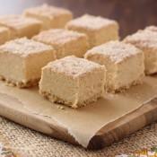 Creamy Pumpkin Pie Fudge Recipe l www.a-kitchen-addiction.com