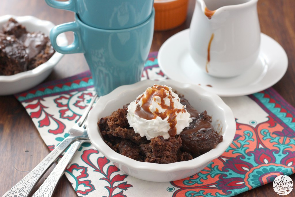 Easy Slow Cooker Chocolate Caramel Pudding Cake Recipe l www.a-kitchen-addiction.com