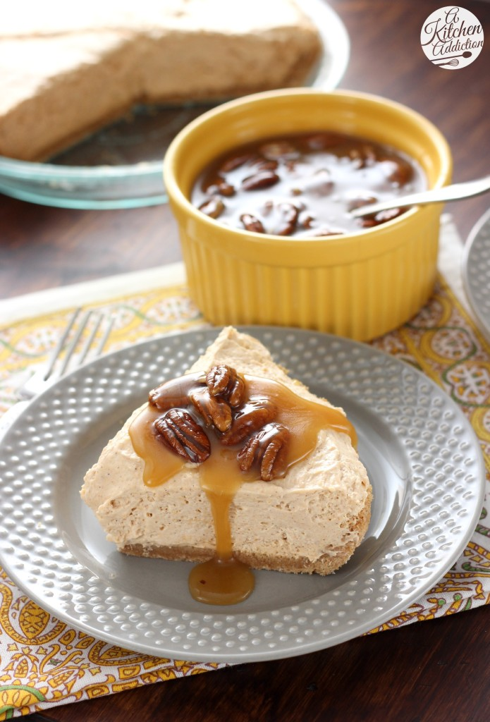 No Bake Maple Pecan Cheesecake with Pecan Praline Topping l www.a-kitchen-addiction.com