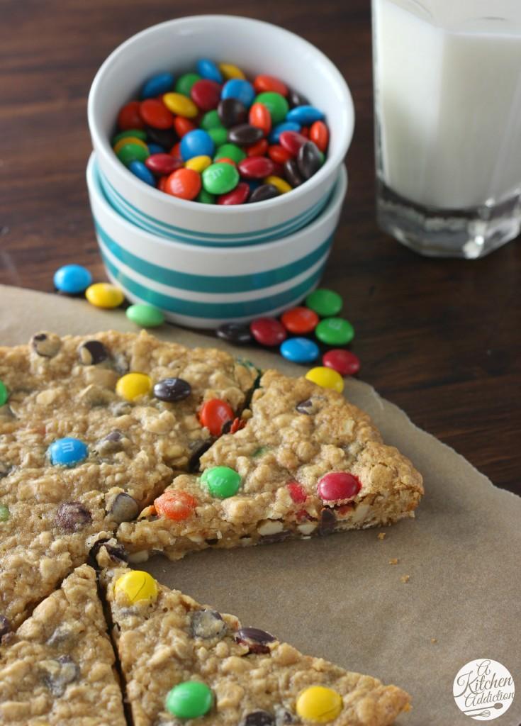Lighter Granola Cookie Wedges Recipe l www.a-kitchen-addiction.com