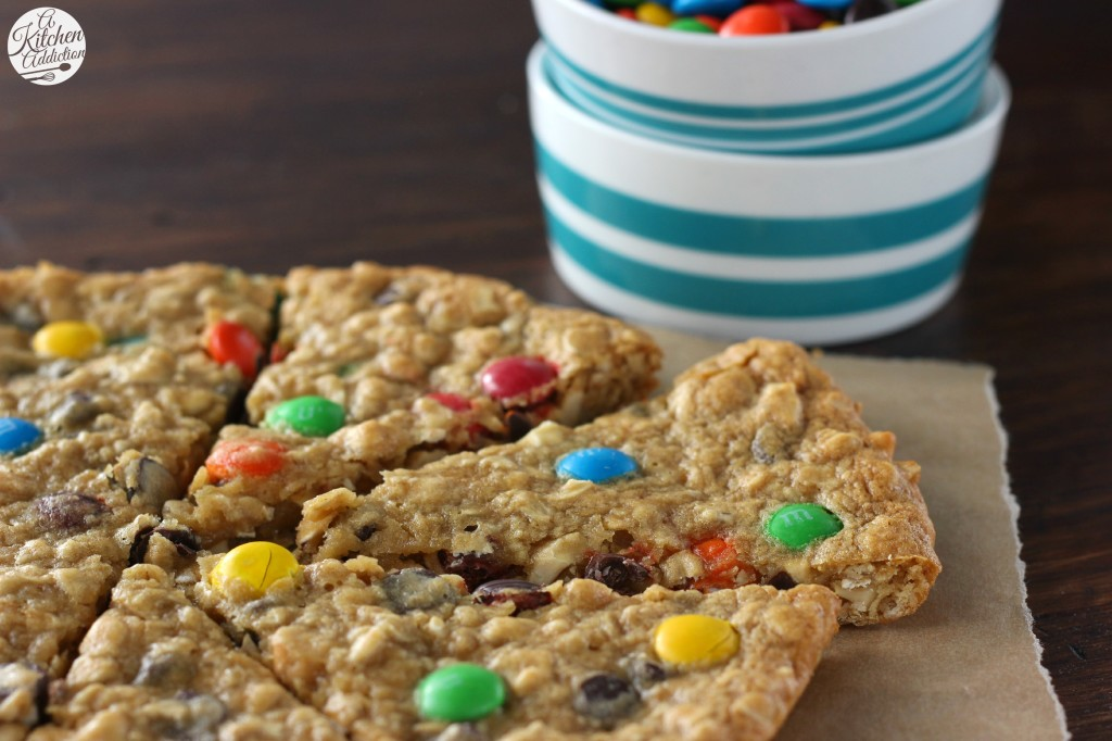 Easy Healthier Granola Cookie Wedges l www.a-kitchen-addiction.com
