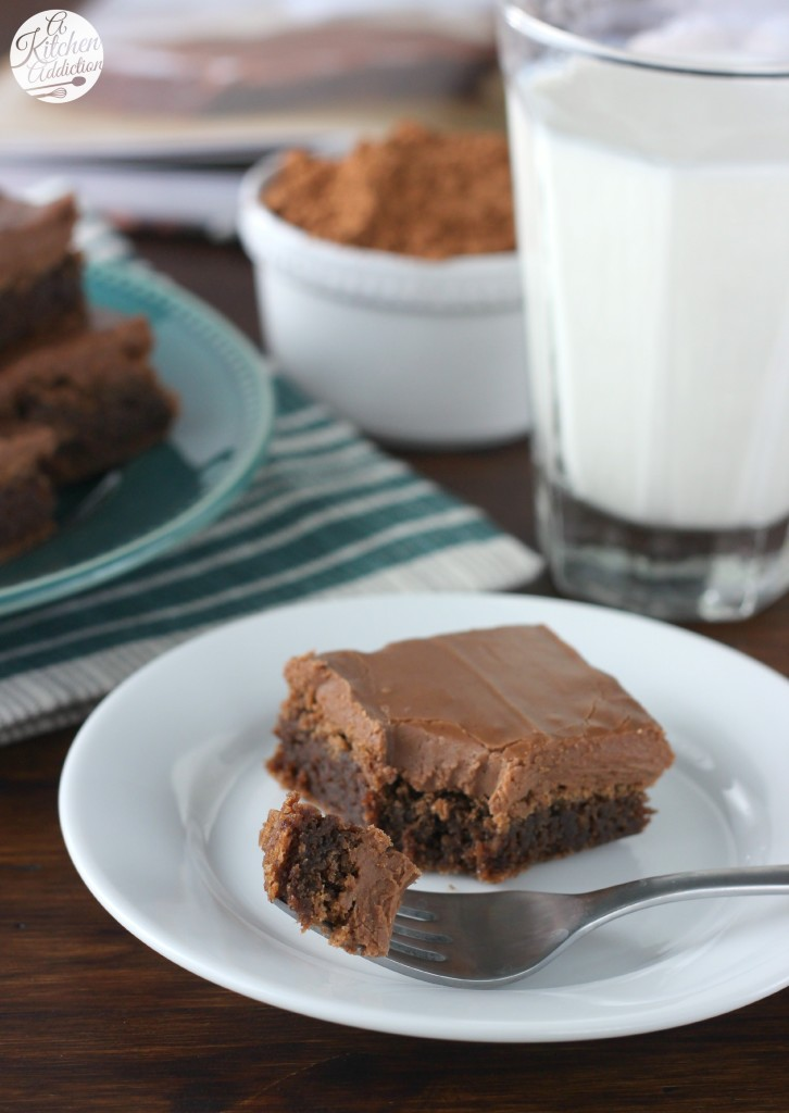 Fudgy Buttermilk Brownies Recipe l www.a-kitchen-addiction.com
