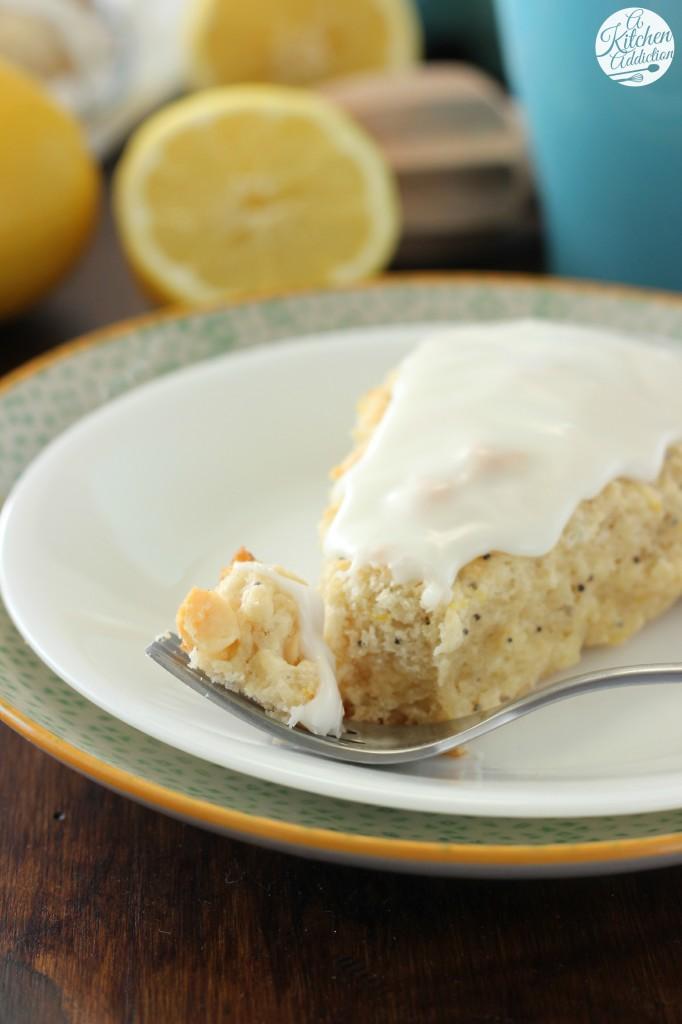 White Chocolate Lemon Poppyseed Scones Recipe l www.a-kitchen-addiction.com