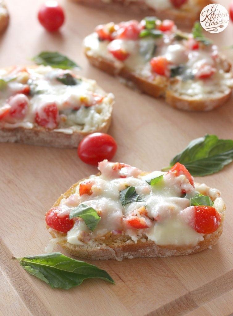 Bruschetta Melts Appetizer l www.a-kitchen-addiction.com