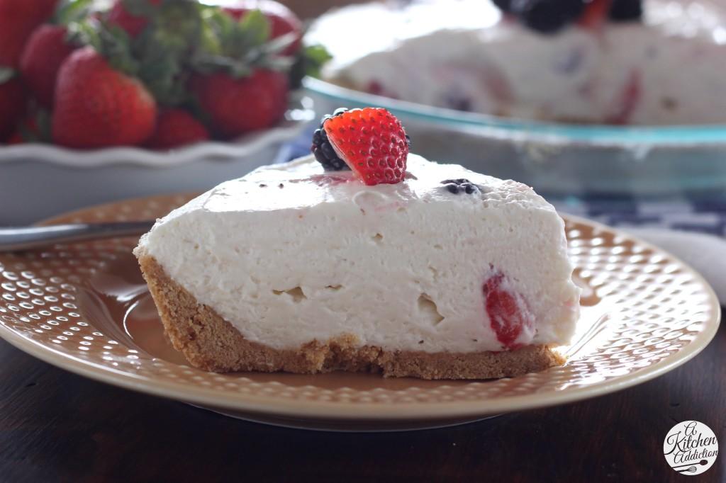Easy No Bake Berry Cream Pie l www.a-kitchen-addiction.com #myicedcafe