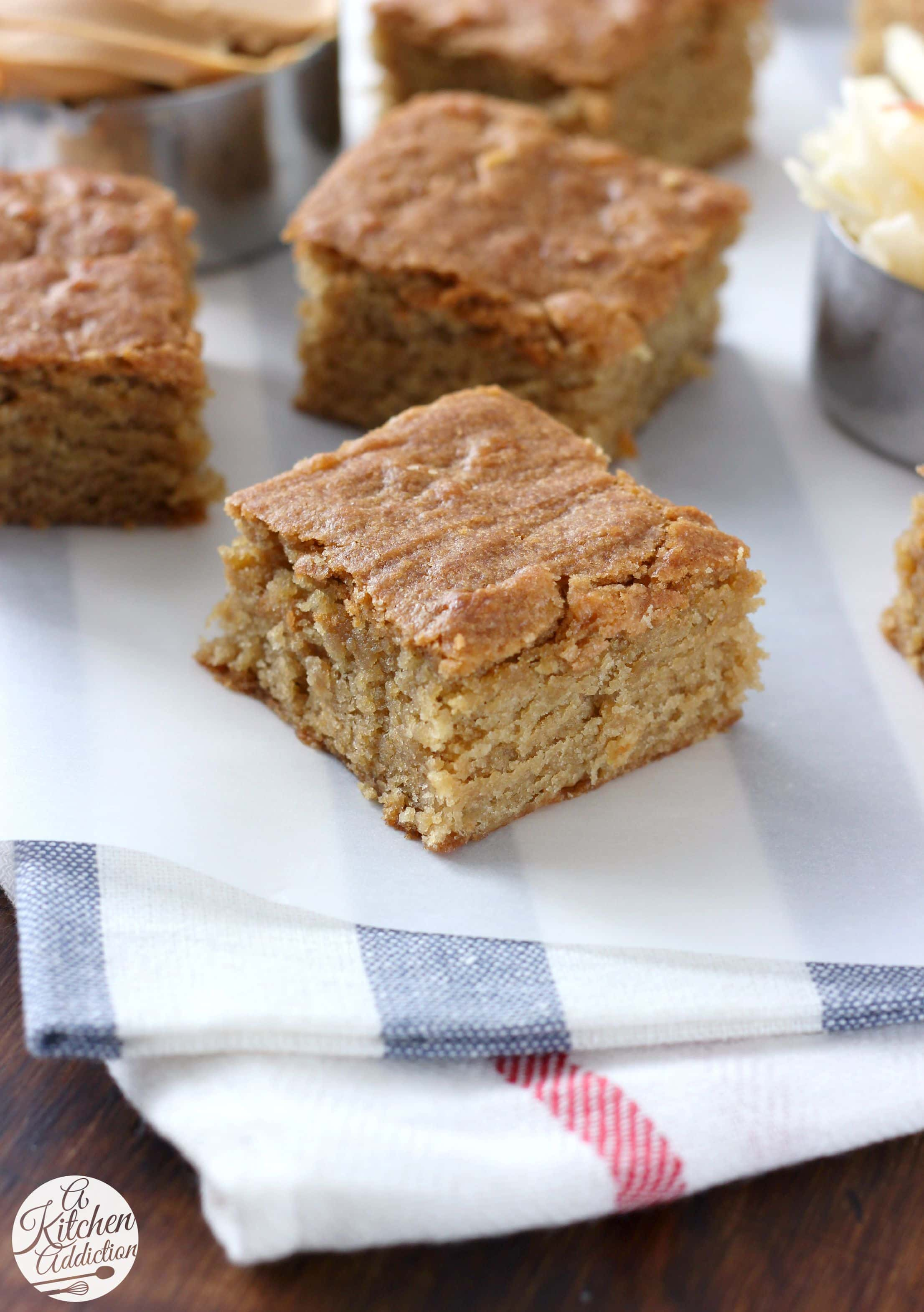 Chewy Peanut Butter Apple Bars - A Kitchen Addiction