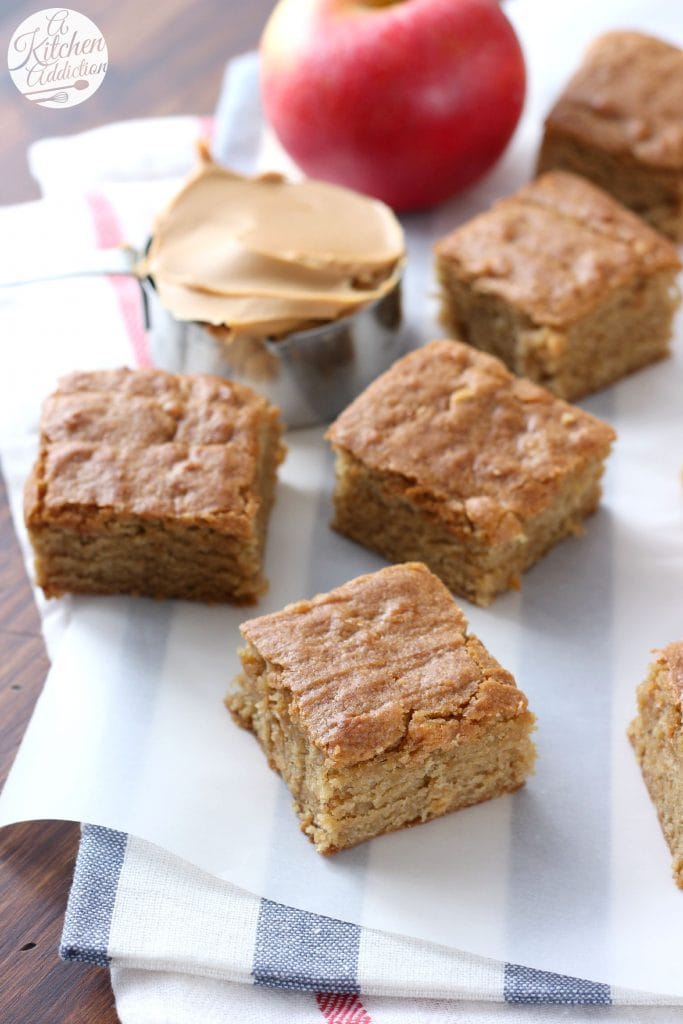 Chewy Peanut Butter Apple Bars Recipe from A Kitchen Addiction @akitchenaddict