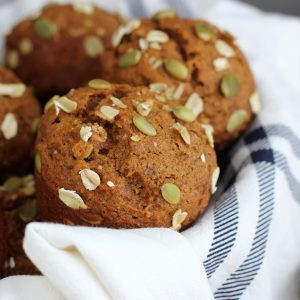 One Bowl Pumpkin Oat Muffins