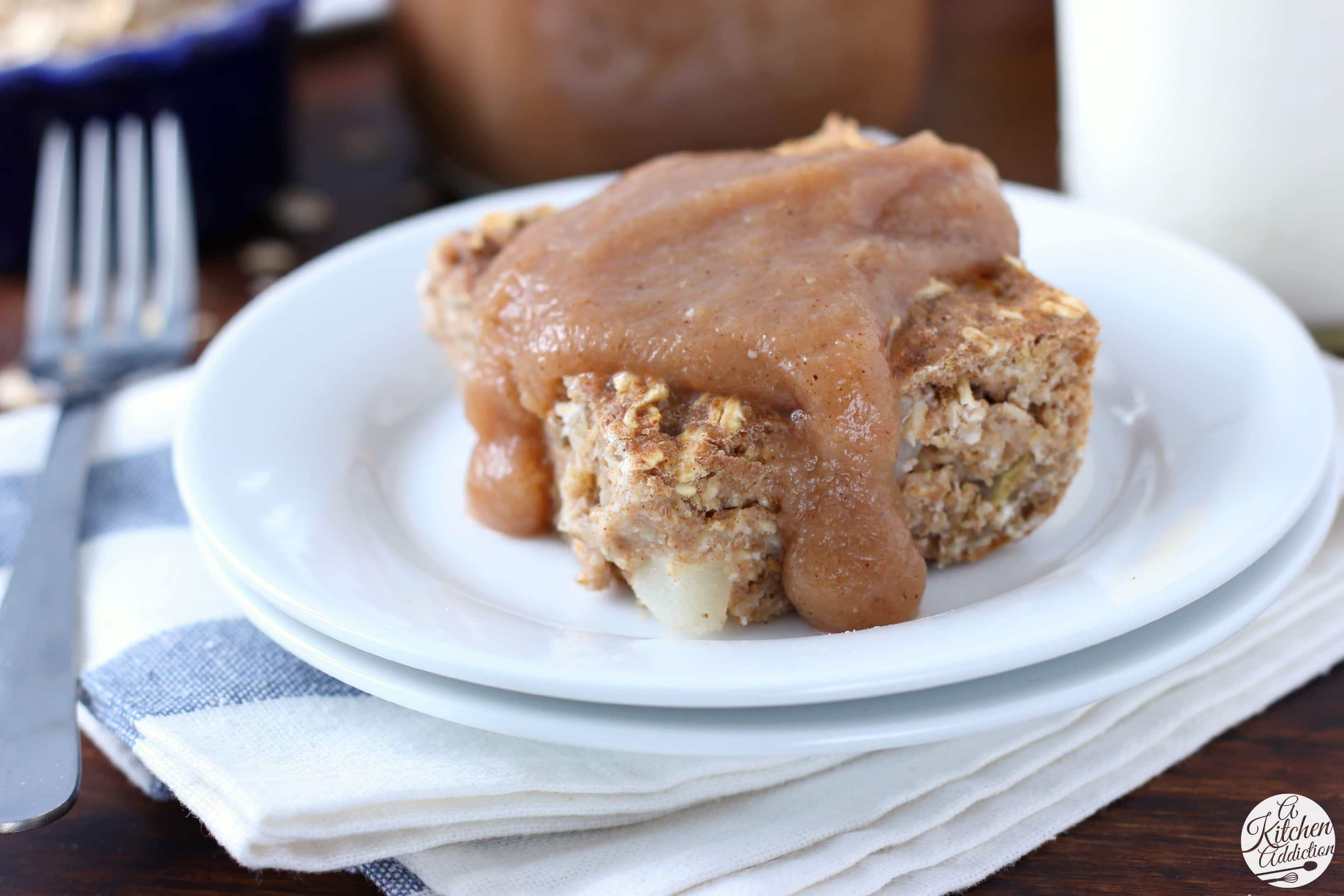 Spiced Vanilla Pear Butter Baked Oatmeal Recipe from A Kitchen Addiction