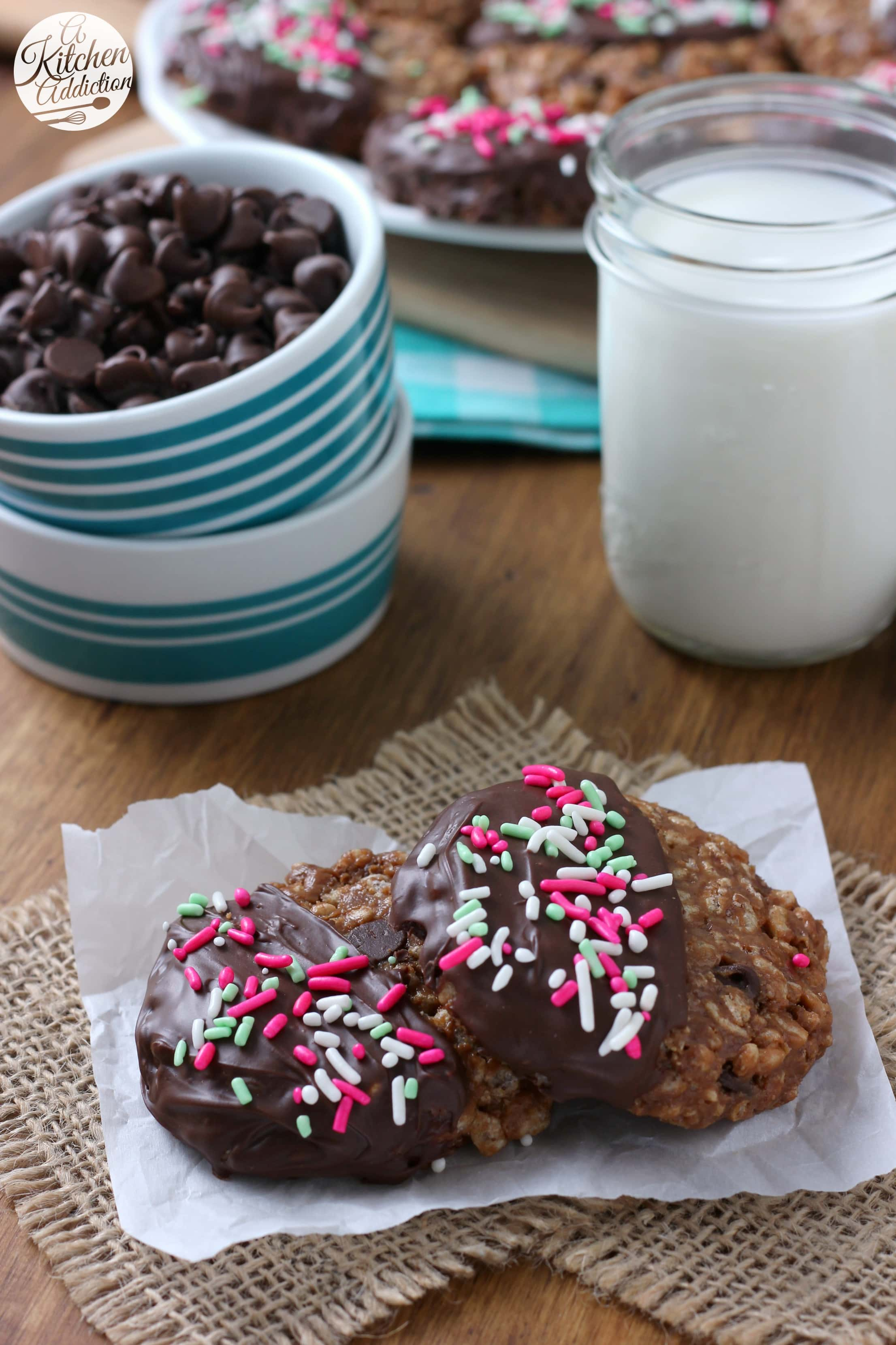 Easy No Bake Chocolate Peanut Butter Crunch Cookies Recipe from A Kitchen Addiction