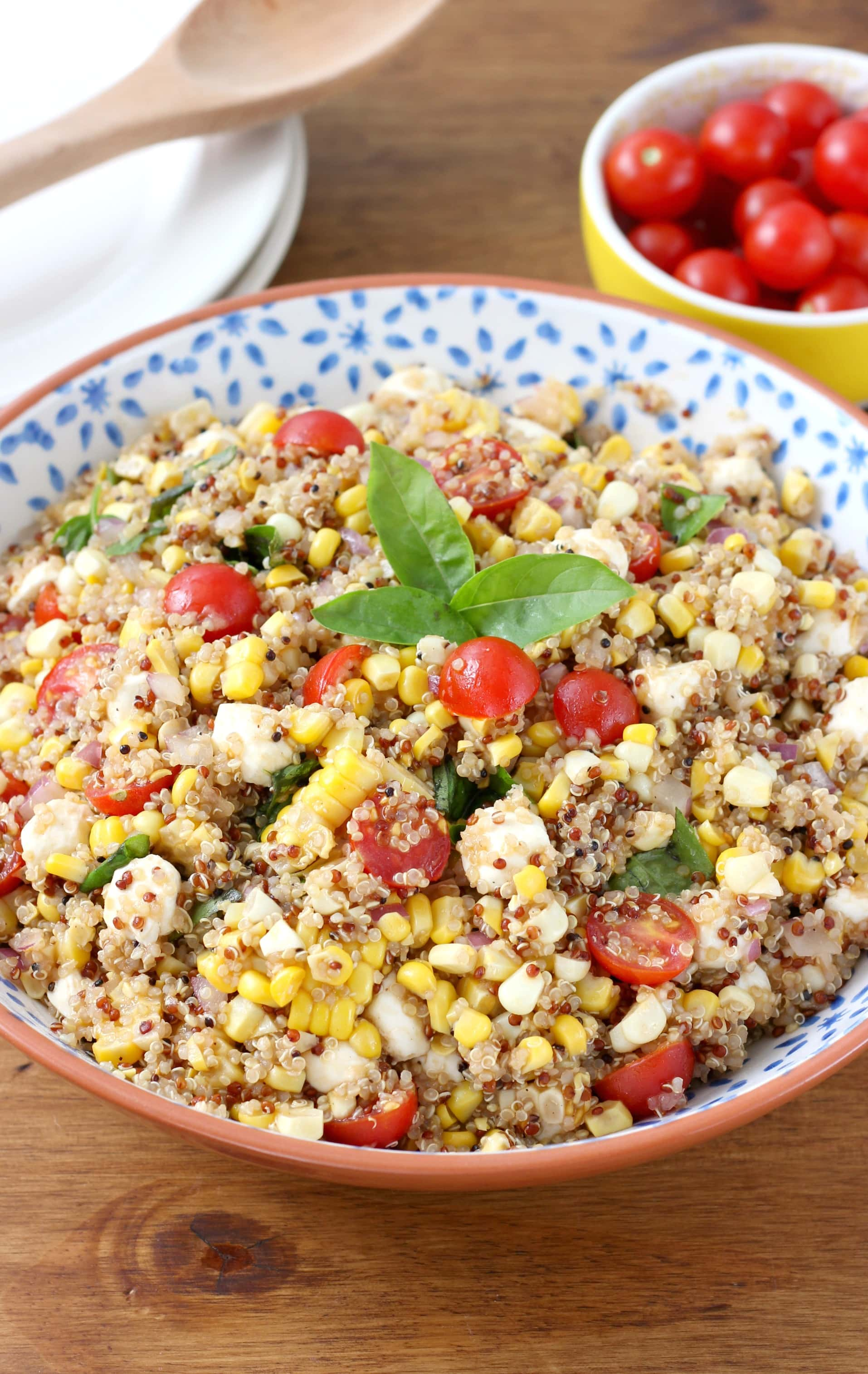 Caprese Quinoa Salad with Sweet Corn Recipe from A Kitchen Addiction