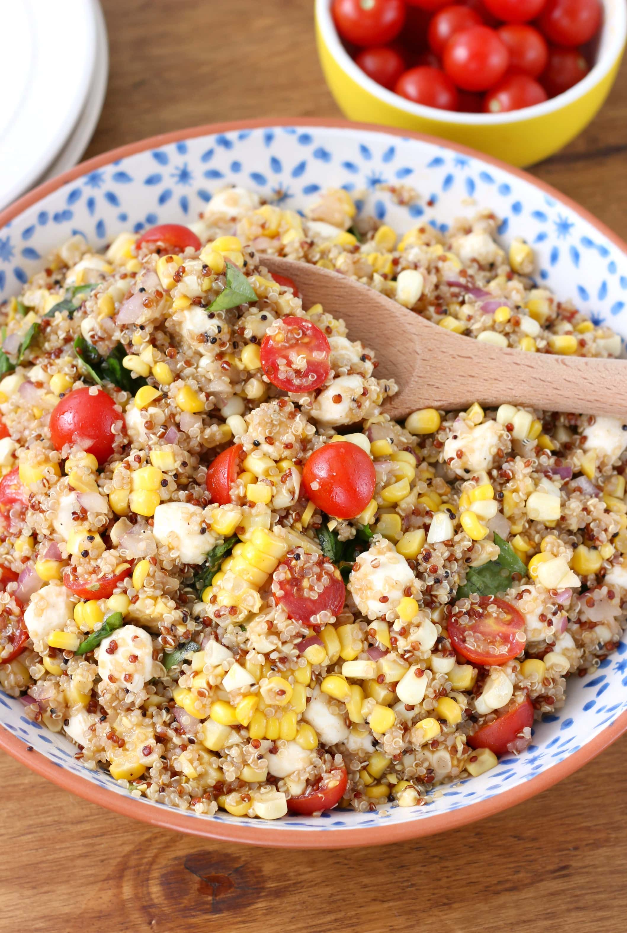 Easy Caprese Corn Quinoa Salad Recipe from A Kitchen Addiction