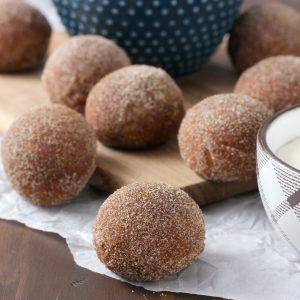 Gingerbread Soft Pretzel Bites with Cream Cheese Dip