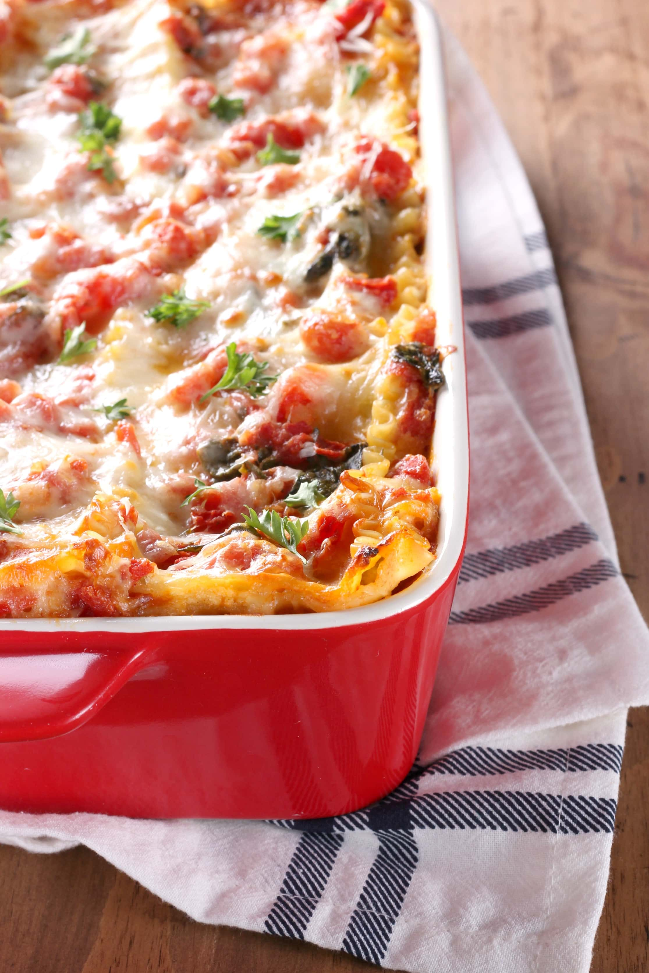 Simple Cheesy Spinach Lasagna Recipe from A Kitchen Addiction
