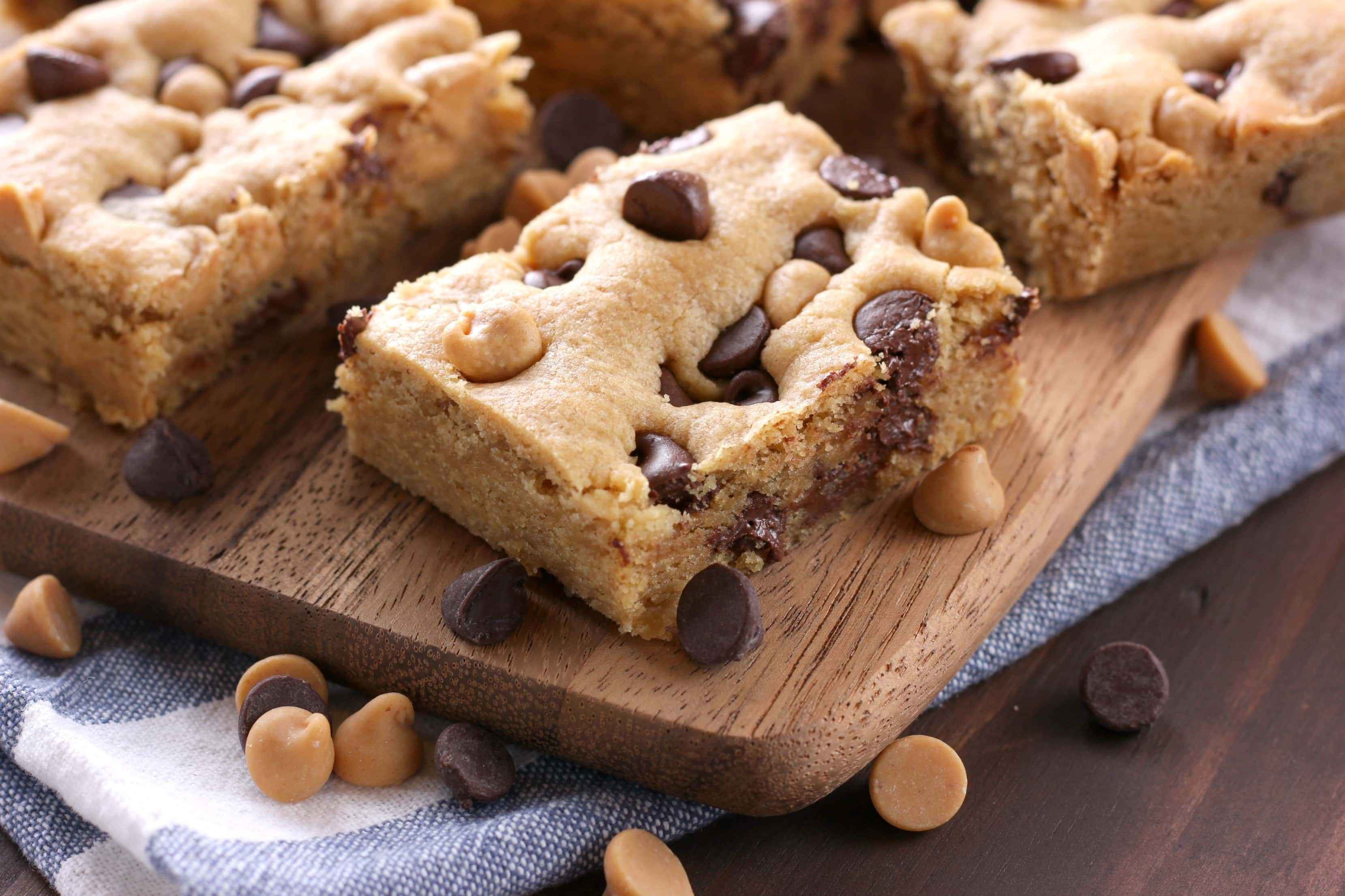 Chocolate Chip Peanut Butter Cookie Bars Recipe from A Kitchen Addiction