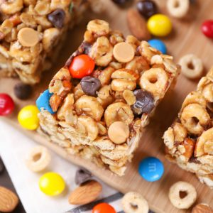 Trail Mix Cereal Bars