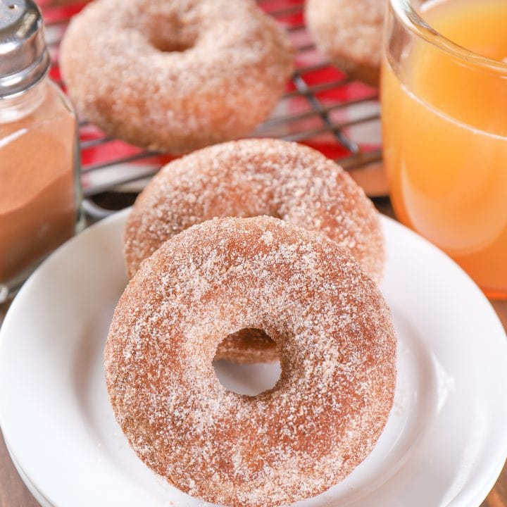 Baked Apple Cider Donuts Recipe from A Kitchen Addiction