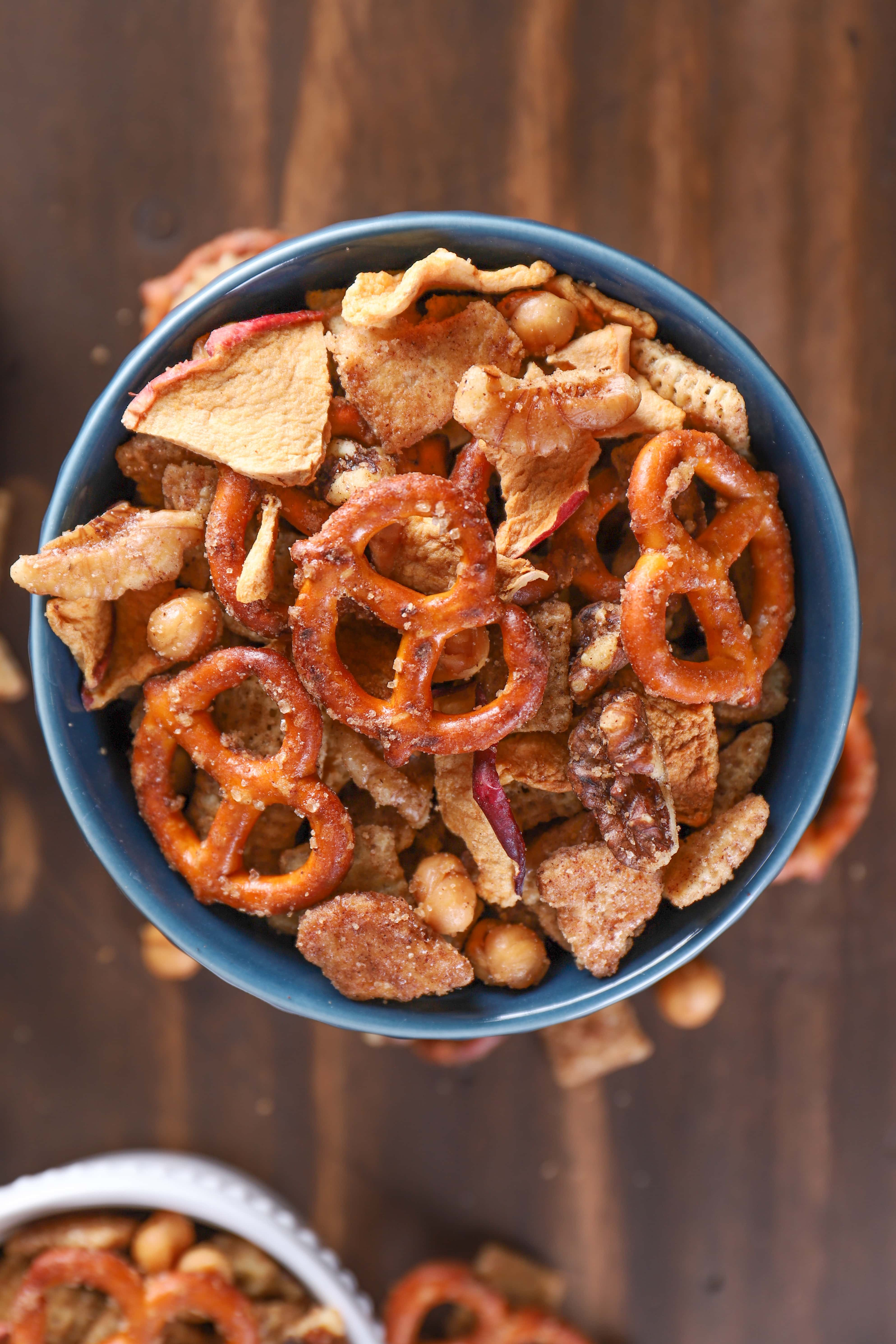 Slow Cooker Caramel Apple Spice Snack Mix Recipe